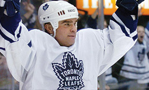 Tie Domi print media archive